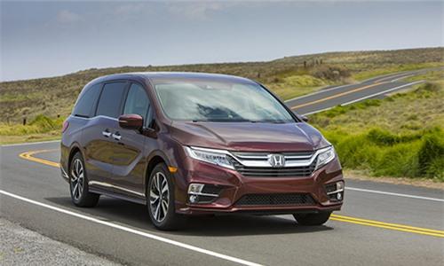 Honda Odyssey thế hệ mới giá từ 30.900 USD tại Mỹ. Phiên bản mới của mẫu xe gia đình thay đổi thiết kế, nâng cấp công nghệ cùng tính năng an toàn. (CHI TIẾT)