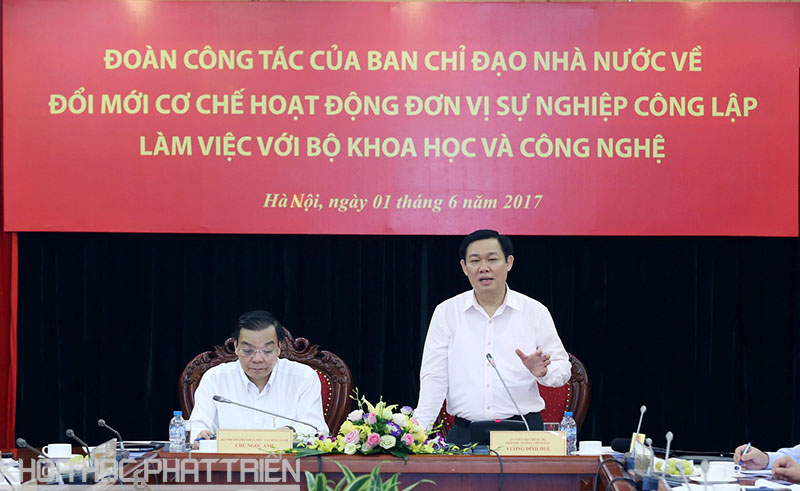 Phó Thủ tướng Vương Đình Huệ chỉ đạo tại buổi làm việc