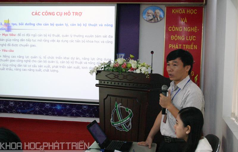 Ông Lê Huy Hoàng giới thiệu chương trình hỗ trợ ứng dụng, chuyển giao tiến bộ KH&CN về nông nghiệp