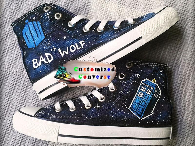 4. Converse. Là một trong những thương hiệu giày nổi tiếng nhất thế giới có trụ sở ở Mỹ. Đây là một trong những hãng giày có tỷ lệ tiêu thụ cao nhất thế giới trong nhiều năm liền.