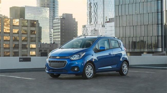 Chi tiết xe hatchback giá gần 200 triệu của Chevrolet. Tại thị trường Mexico, mẫu xe gia đình cỡ nhỏ Chevrolet Beat 2018 có giá dao động từ 152.500-195.400 Peso (tương đương 194-249 triệu). (CHI TIẾT)