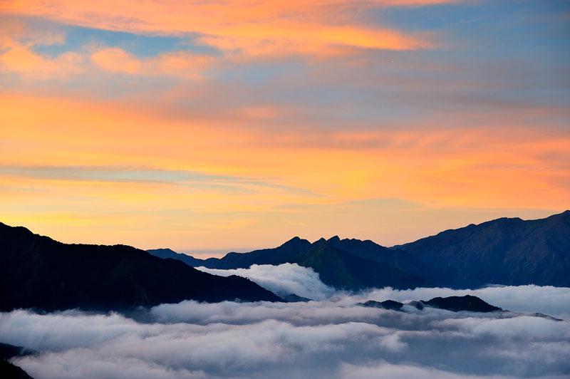 Đỉnh cao nhất ở đây là 2.865m, xếp thứ 10 trong số những ngọn núi cao nhất Việt Nam. Ảnh: Diem Dang Dung.