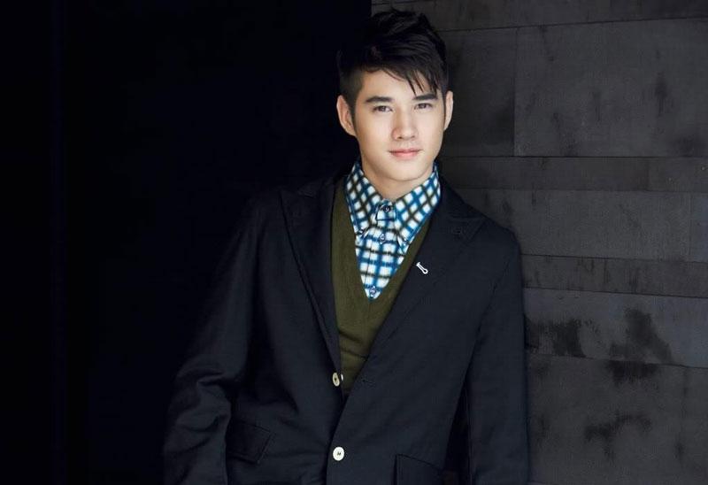 1. Mario Maurer. Nam diễn viên, người mẫu sinh năm 1988 tại Bangkok, Thái Lan. Mario mang hai dòng máu Đức và Hoa. Anh bắt đầu được công chúng chú ý khi đóng vai chính trong phim Rak Hang Siam (2007) và First Love (2010).