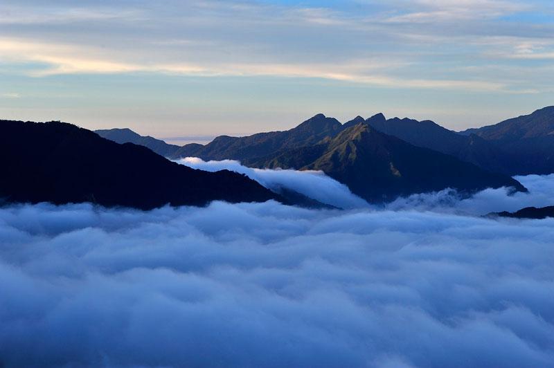 Thời điểm thích hợp để săn mây Tà Xùa là những tháng mùa Đông, từ tháng 12 đến tháng 3 hằng năm. Ảnh: Diem Dang Dung.