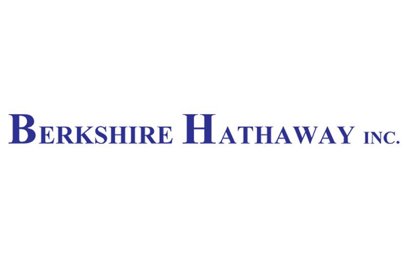 1. Berkshire Hathaway. Tập đoàn đa quốc gia có trụ sở ở có trụ sở ở Omaha, Mỹ. Ngoài việc kinh doanh bảo hiểm, Berkshire Hathaway còn vươn tầm sang bất động sản, truyền thông, đồ chơi, hàng tiêu dùng… Nó là một trong những tập đoàn lớn mạnh nhất thế giới cả về doanh thu lẫn danh tiếng.