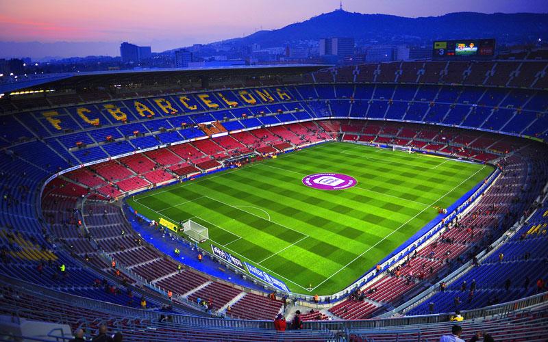 1. Camp Nou (Tây Ban Nha) - sức chứa: 99.354 người.
