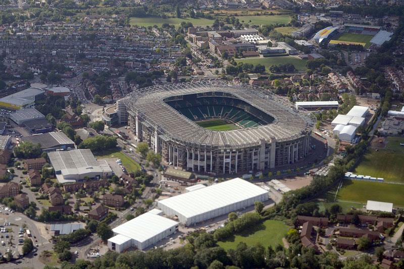 4. Twickenham (Anh) - sức chứa: 82.000 người.