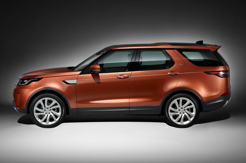 1. Land Rover Discovery.