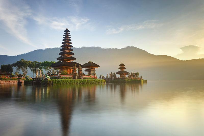 1. Indonesia. Dân số: 263.510.146 người.