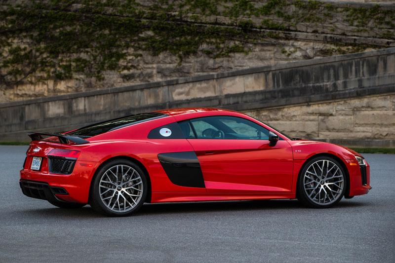 5. Audi R8.