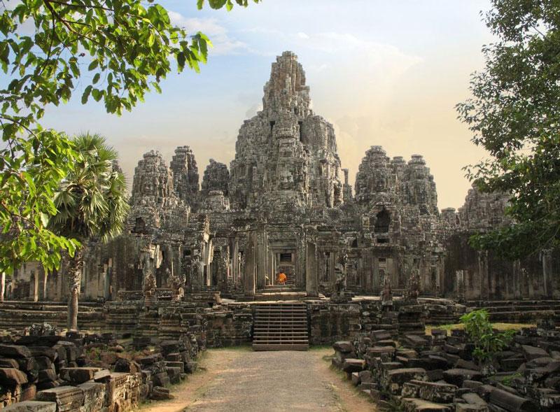 8. Lào. Dân số: 7.037.521 người.