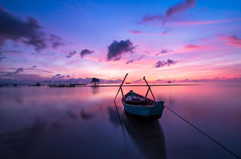 Thời tiết ở đảo Phú Quốc khá mát mẻ, mang tính nhiệt đới gió mùa. Khí hậu chia hai mùa rõ rệt là mùa khô và mùa mưa. Ảnh: Quang Le.