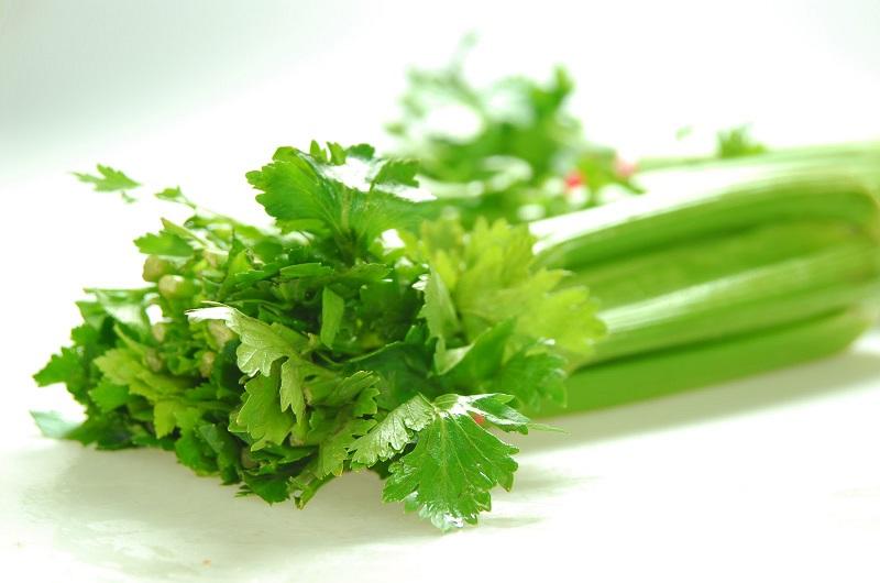 Cần tây là một loại cây có rất nhiều tác dụng tốt cho cơ thể.