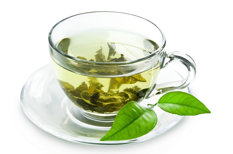 Răng có thể ố vàng vì tiếp xúc lâu với chất tanin trong trà.