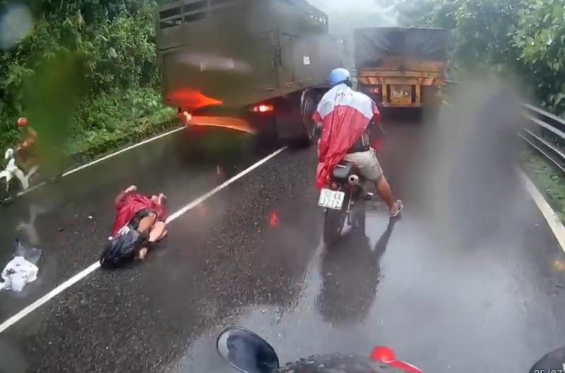 Hiên trường vụ tai nạn tại đèo Bảo Lộc ngày 25/7 vừa qua.