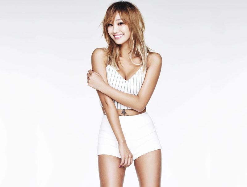 3. Hyorin (Kim Hyo-yung). Nữ ca sĩ, diễn viên người Hàn Quốc. Cô là nhóm trưởng, là giọng ca chính của Sistar và nhóm nhỏ Sistar19. Ngoài giọng hát, cô được công nhận bởi làn da mịn màng và đường cong cơ thể hoàn hảo.