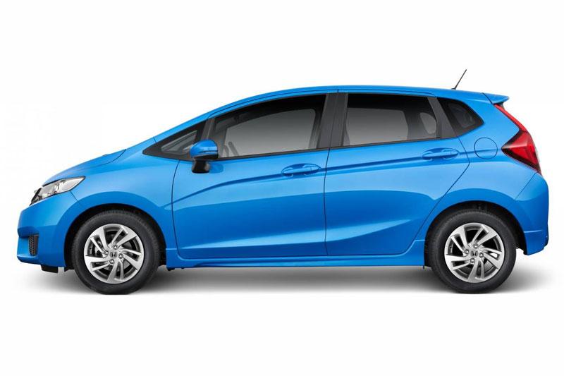 Honda Jazz 2017 sử dụng bị động cơ xăng SOHC i-VTEC 4 xi lanh với dung tích 1,5 lít. Động cơ này sản sinh công suất tối đa 120 mã lực, mô-men xoắn cực đại 145 Nm. Hộp số sàn 5 cấp hoặc tự động vô cấp CVT.