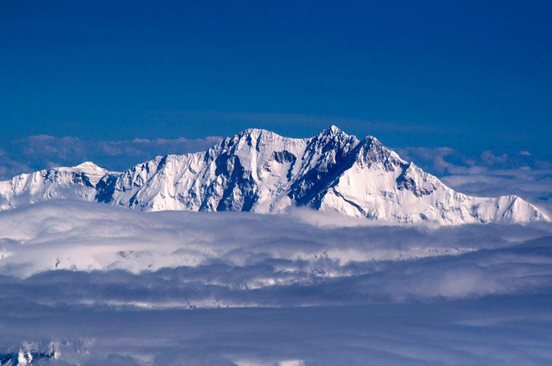3. Núi Kangchenjunga (Nepal và Ấn Độ). Chiều cao: 8.586m.