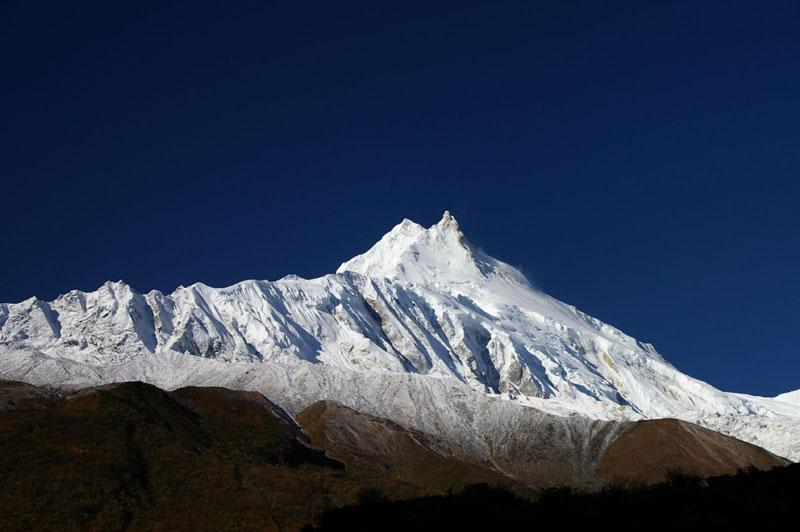 8. Núi Manaslu (Nepal). Chiều cao: 8.163m.