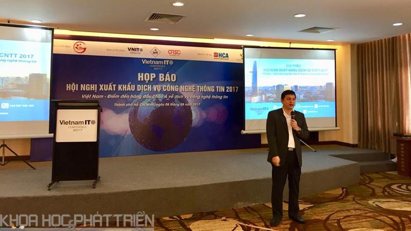 Ông Lâm Nguyễn Hải Long - Giám đốc Công viên phần mềm Quang Trung giới thiệu về VNITO 2107