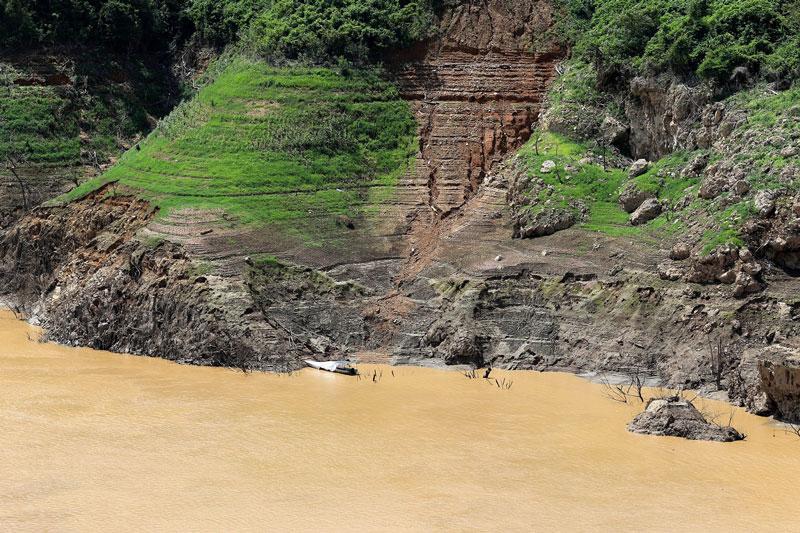 Thủy điện Nậm Na 2 công suất 66 MW, khởi công 5/2009, tại xã Phìn Hồ, huyện Sìn Hồ, Lai Châu. Ảnh: Son Hoa Nguyen.