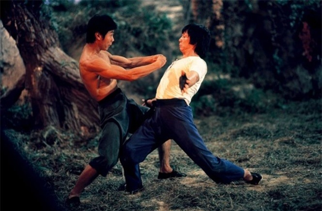 11-30-23_md-monkey-kung-fu-1979-001-two-men-kung-fu-choreogrphy-in-the-woods