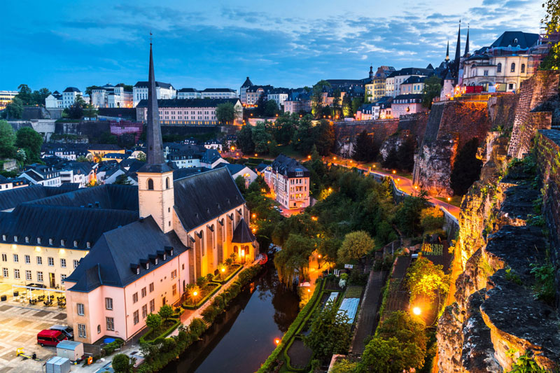 10. Luxembourg. Chiều cao trung bình: 1,799m.