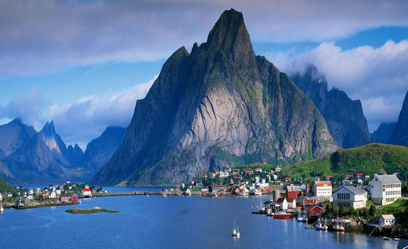 4. Na Uy. Chiều cao trung bình: 1,824m.