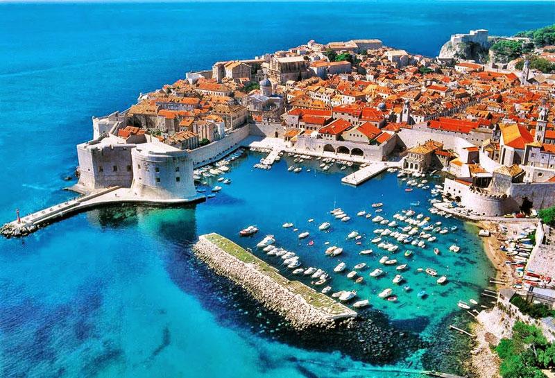7. Croatia. Chiều cao trung bình: 1,805m.