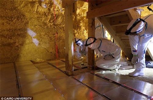 Tiết lộ bí ẩn về phần lõi ma quái của các Kim tự tháp Ai Cập - 3