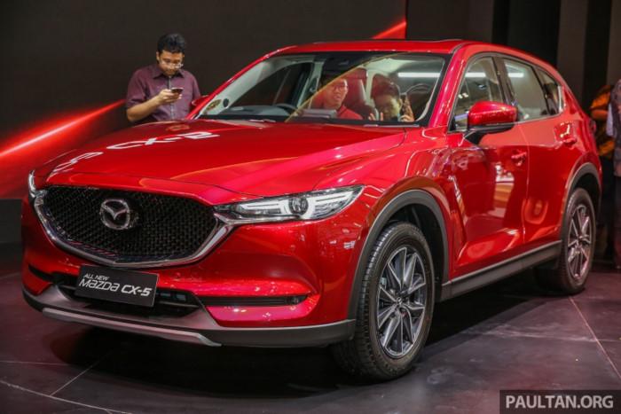 Mazda CX-5 thế hệ mới vừa ra mắt giá 895 triệu đồng tại Indonesia. Trong khuôn khổ triển lãm ô tô quốc tế GIIAS đang diễn ra tại Jakarta, Mazda đã chính thức trình làng mẫu crossover CX-5 thế hệ thứ hai với động cơ 2.5 Skyactiv-G và giá bán khởi điểm tương đương 895 triệu VNĐ. (CHI TIẾT)