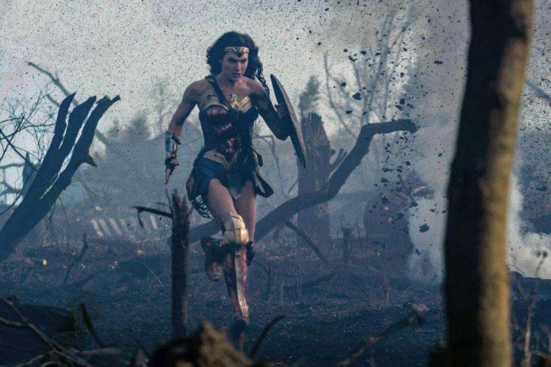 4. Wonder Woman (tạm dịch: Nữ thần chiến binh). Tổng doanh thu: 779,4 triệu USD.