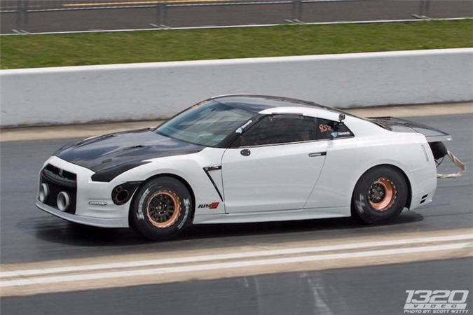 """""""Lac mat"""" voi Nissan GT-R 2500 ma luc nhanh nhat The gioi-Hinh-8"""