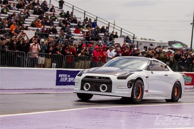 """""""Lac mat"""" voi Nissan GT-R 2500 ma luc nhanh nhat The gioi-Hinh-9"""