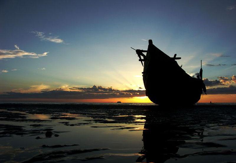 Truyền thuyết khác Hồ Quý Ly khi bị quân Minh đuổi đến đây thì bị bắt nên gọi là Thiên Cầm (trời giữ). Ảnh: Thông Ndmt.