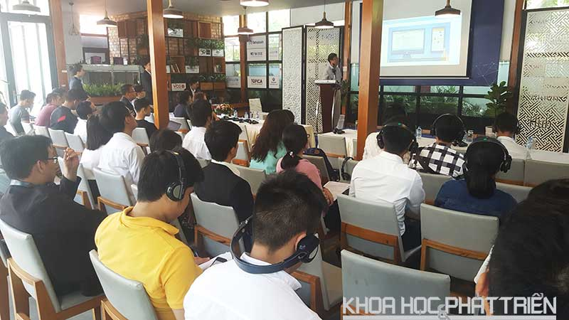 Hơn 50 startup và người quan tâm đã đến tham dự hội nghị. Ảnh: Tùng Minh