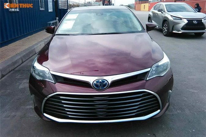 Can canh Toyota Avalon Limited gia 2,56 ty tai Viet Nam-Hinh-2