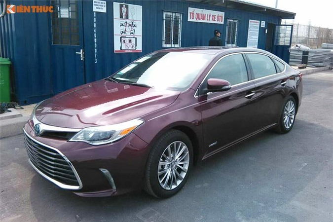 Can canh Toyota Avalon Limited gia 2,56 ty tai Viet Nam-Hinh-3