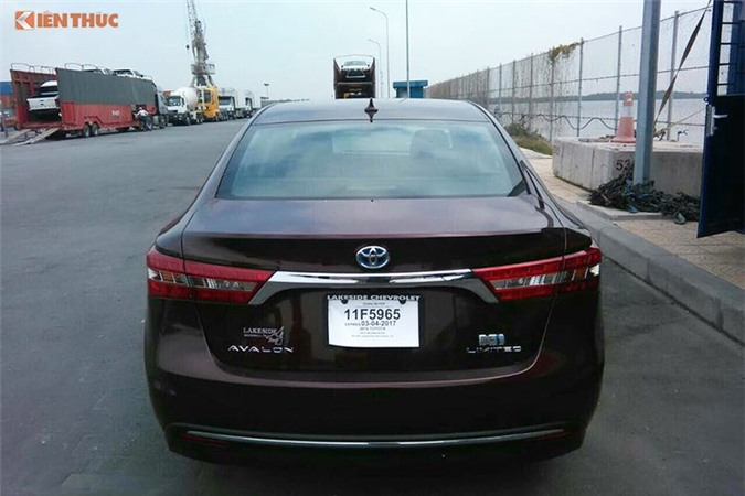 Can canh Toyota Avalon Limited gia 2,56 ty tai Viet Nam-Hinh-4