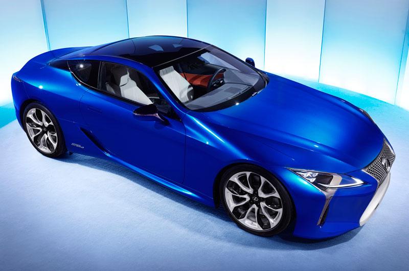 Hiện tại, Lexus vẫn chưa công bố giá bán LC 500h 2018 tại Việt Nam. Ở Mỹ, mẫu xe này có giá 96.510 USD (tương đương 2,19 tỷ đồng).