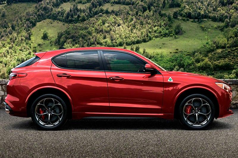 Top 10 xe SUV phiên bản 2018 ấn tượng nhất. Trang U.S. News & World Report vừa bầu chọn ra danh sách 10 xe SUV phiên bản 2018 ấn tượng nhất. Trong đó có những cái tên quen thuộc như Alfa Romeo Stelvio, BMW X3, Audi Q5, Ford Ecosport… (CHI TIẾT)