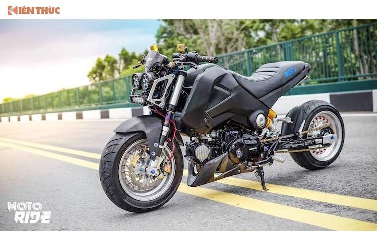 Chi hơn 100 triệu độ Honda MSX độc nhất Việt Nam. Sử dụng những phụ tùng ngoại nhập, dành riêng cho Honda MSX125, biker Sài Gòn đã tạo ra bản độ hạ gầm phong cách low rider