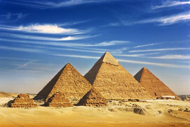 Kim tự tháp ở Ai Cập.