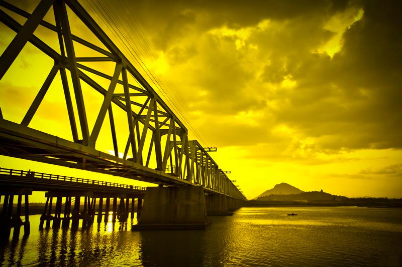Cầu Đà rằng thuộc thành phố Tuy Hòa tỉnh Phú Yên. Ảnh: Duyhlv.