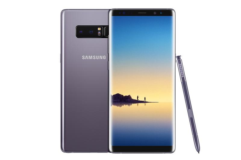 Samsung Galaxy Note 8 sử dụng khung viền bằng kim loại, 2 bề mặt phủ kính cường lực Corning Gorilla Glass 5. Kích thước của máy lần lượt là 162,5x74,8x8,6 mm, trọng lượng 195 g.