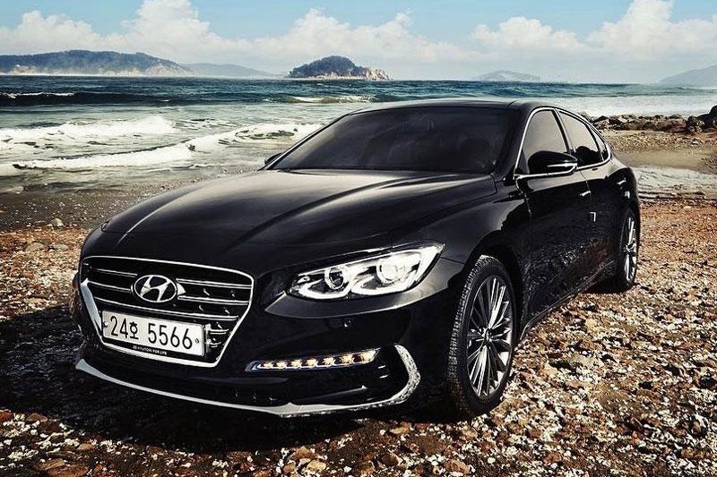 10 ôtô bán chạy nhất Hàn Quốc tháng 8/2017: Hyundai bá chủ. Trang BSCB vừa công bố danh sách 10 ôtô bán chạy nhất Hàn Quốc tháng 8/2017. Đáng chú ý, Hyundai góp mặt 6 mẫu xe gồm Grandeur, Avante, Porter, Sonata, Santa Fe và Kona. (CHI TIẾT)