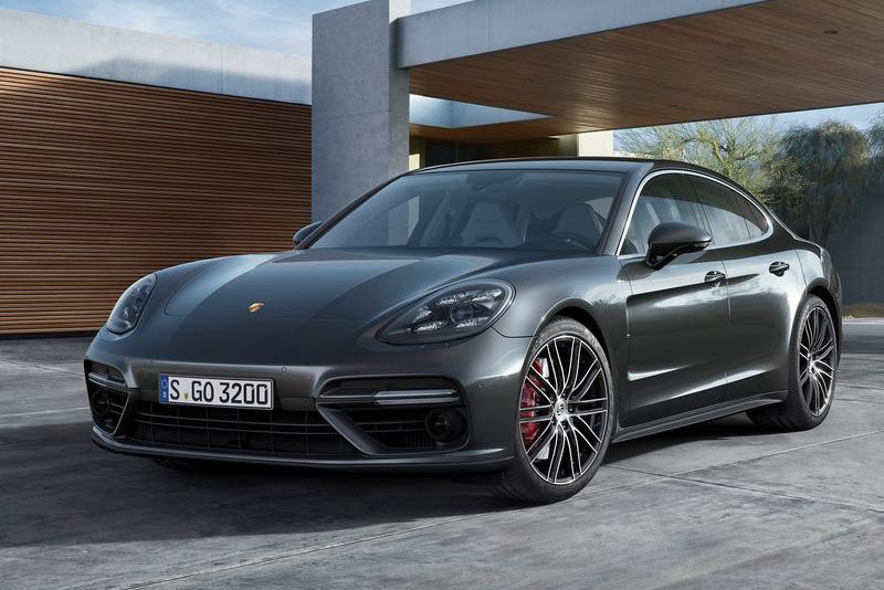 4. Porsche Panamera 2017.