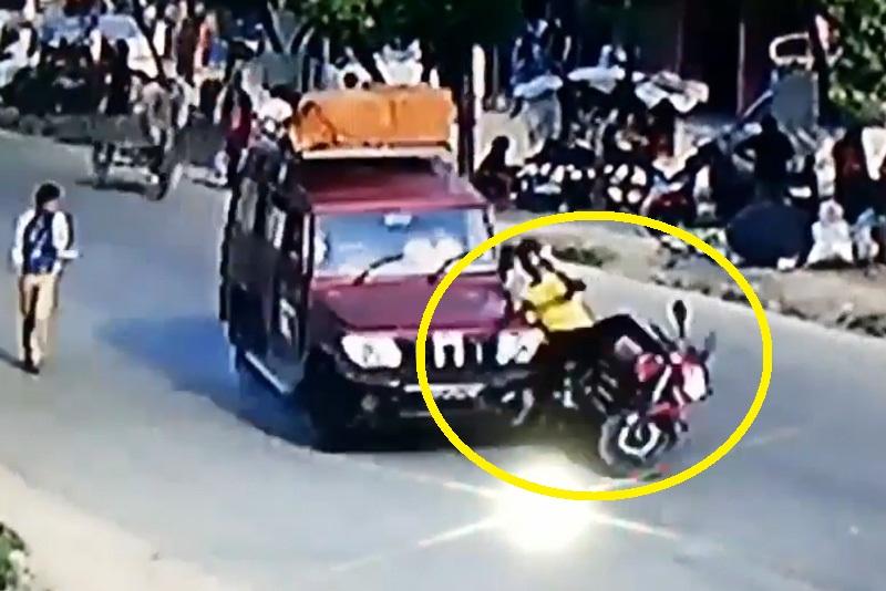 Qua đường không quan sát, thanh niên bị tông lăn lộn. Trong lúc qua đường, nam thanh niên điều khiển xe máy không chú ý quan sát. Hậu quả là anh đã bị ôtô tông lăn lộn vài vòng. (CHI TIẾT)