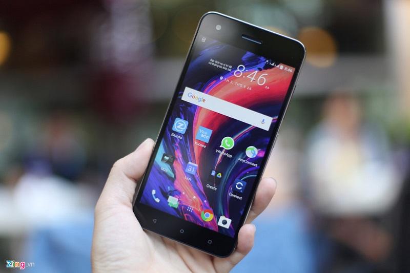HTC Desire 10 Pro giảm giá 300.000 đồng chào tháng 9.