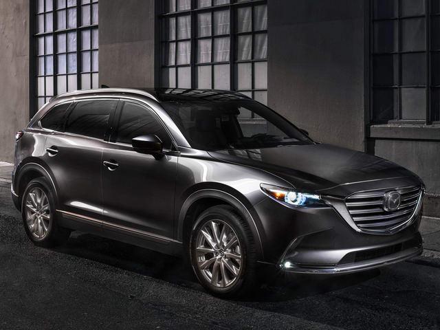 Mazda CX-9 2018 có giá từ 752 triệu đồng. Bước sang đời 2018, mẫu crossover lớn nhất của Mazda được bổ sung hàng loạt công nghệ tiên tiến, không thua kém gì xe sang Đức. (CHI TIẾT)